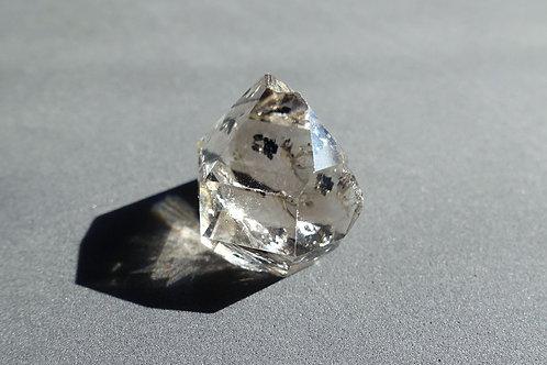 赫基蒙鑽石(閃靈鑽)不規則原石#1