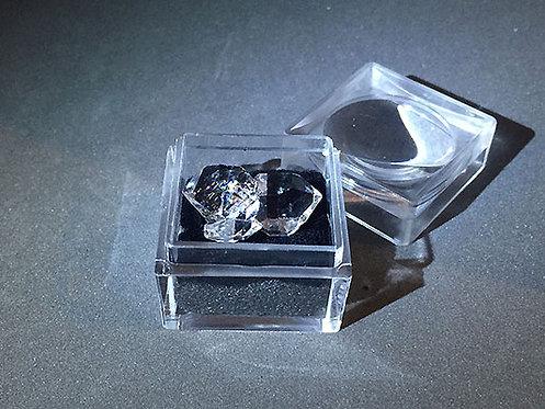 赫基蒙鑽石(閃靈鑽)雙晶原礦2