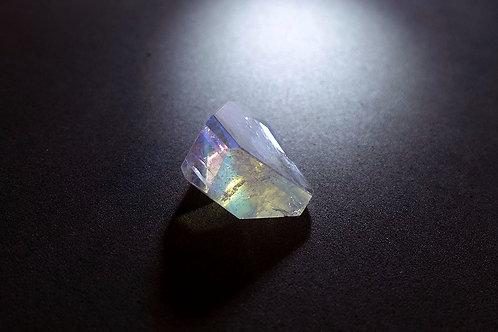 彩虹月亮石1