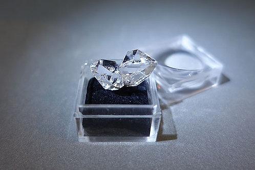 赫基蒙鑽石(閃靈鑽)雙晶原礦1