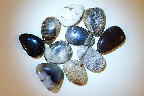 木化石打磨扁石