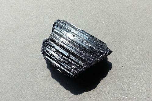 黑碧璽原石11