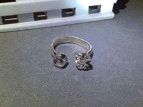 赫基蒙鑽石/閃靈鑽開口銀戒指(8號)