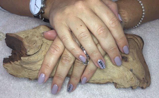 nails 2_edited