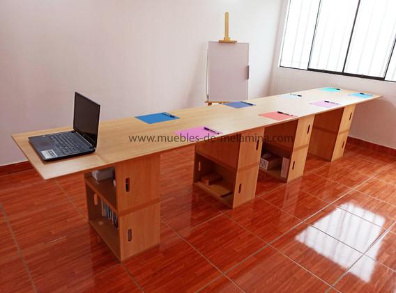 fila de dos escritoriobox 2.jpg