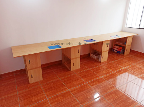 fila de dos escritoriobox 3.jpg