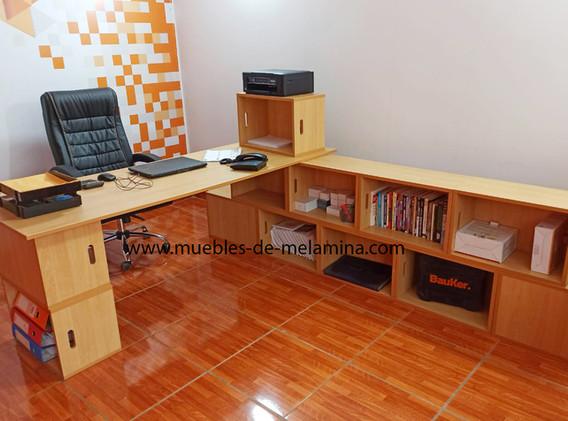 escritoriobox con estante.jpg