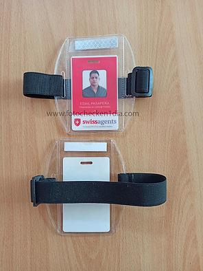 fotocheck + porta fotocheck de brazo 2.j