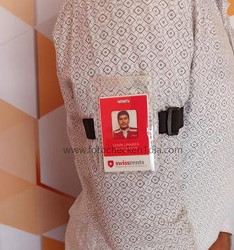 fotocheck + porta fotocheck de brazo.jpe
