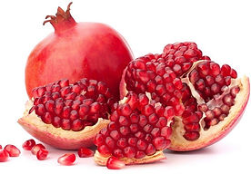 5-Pomegranate-Facial-Masks-and-Face-Pack