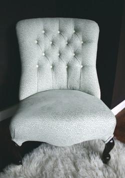 Victorian Style Ladies Chair