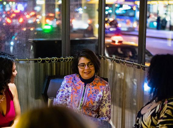diner womanconnecting-18.JPG