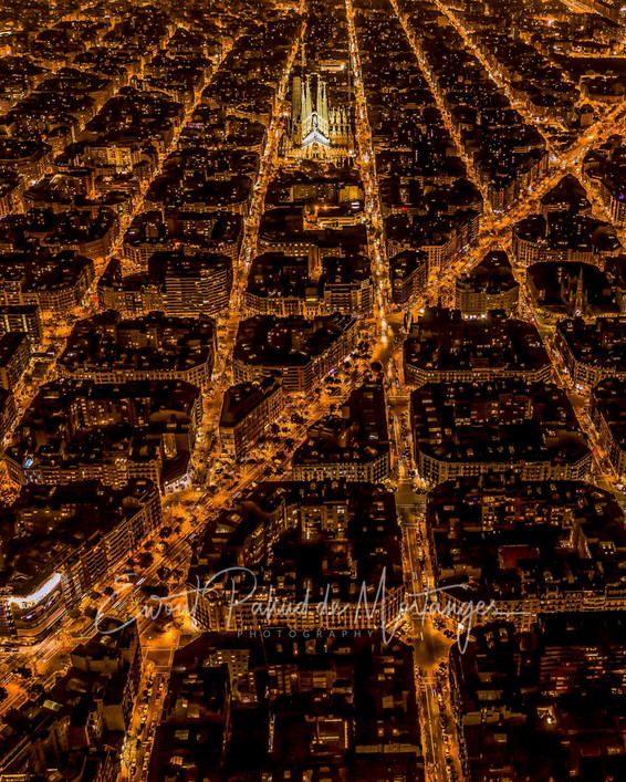 Barcelona by night ll