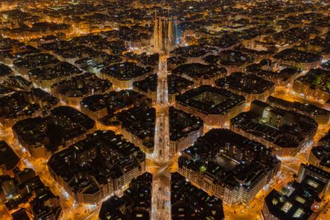 Barcelona by night l