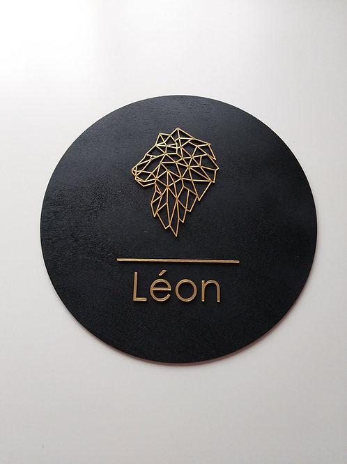 Naambord met leeuw black & gold
