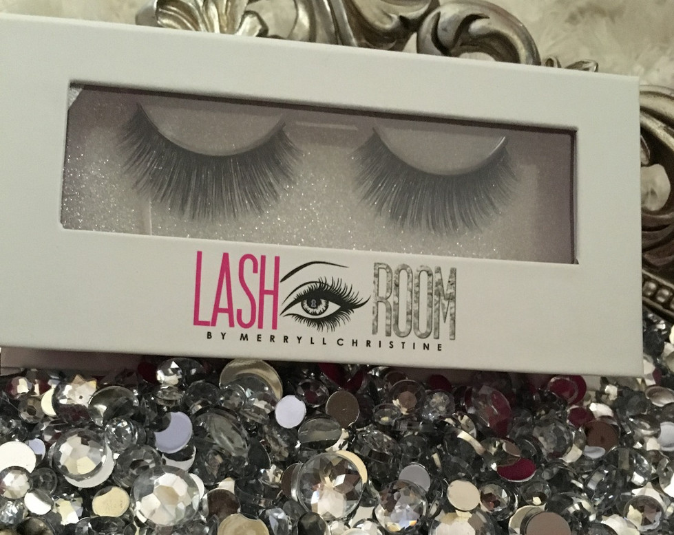 LASH ROOM BY MERRYLL CHRISTINE