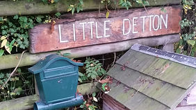 little detton sign