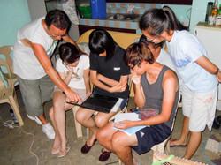 Discussing data analyses, Philippine fie