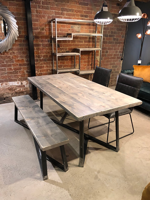 The Fortis Dining Table