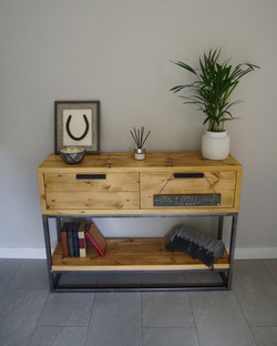 Foundry Console with Drawers