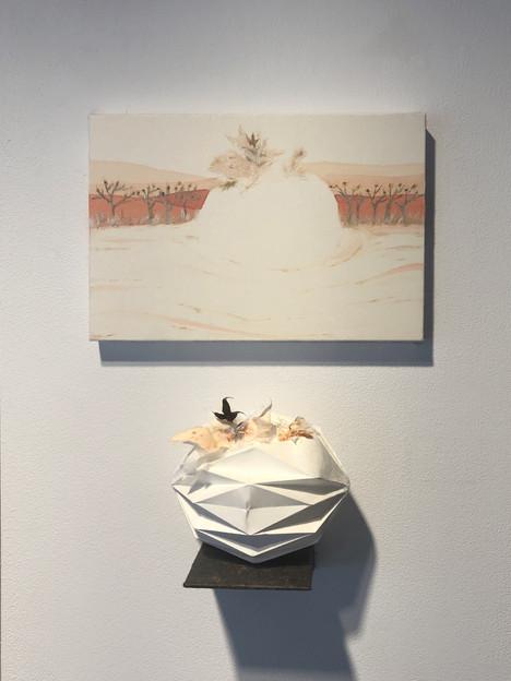 [유영경, 꿈달빛, 20 x 30 cm. 장지에 채색, 한지콜라주, 2020]