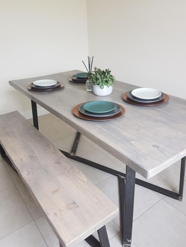 Fortis Dining Table