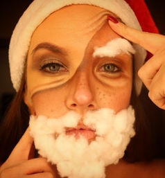 SANTA CLAUSE IS COMING TO TOWN 🎅 _#rach