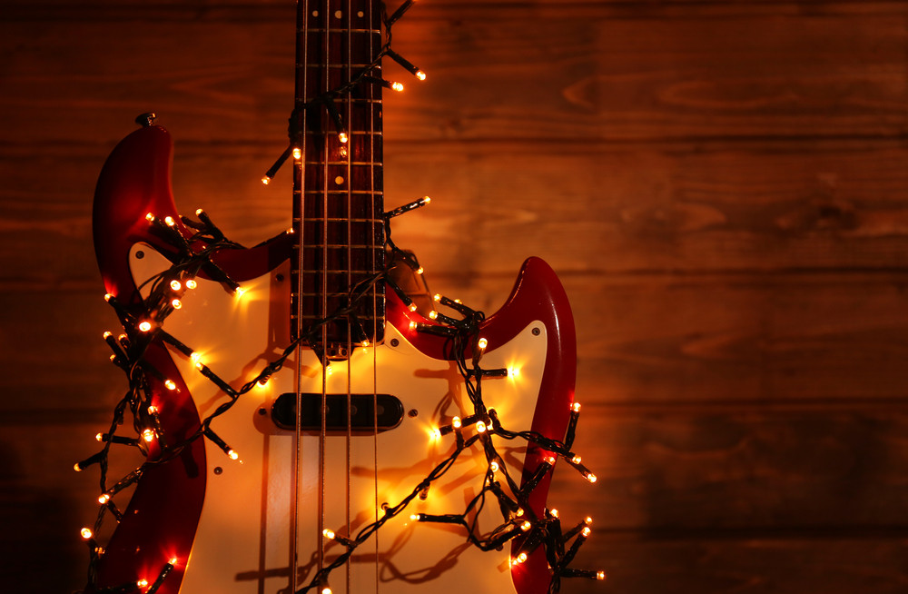 christmas-song-guitar