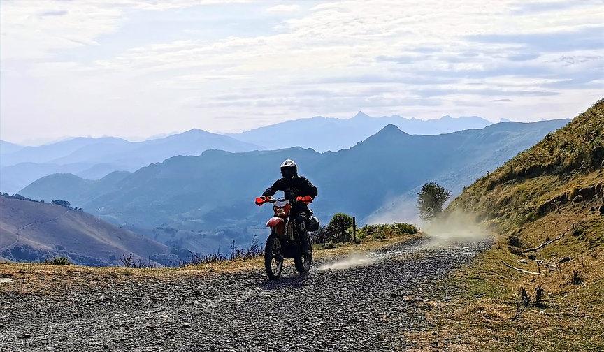 t voyages moto off-road TERRA organise des voyages moto en France, Espagne, Portugal, Maroc, Burkina-Faso,  Côte d'Ivoire et toutes autres destinations sur demande.  45