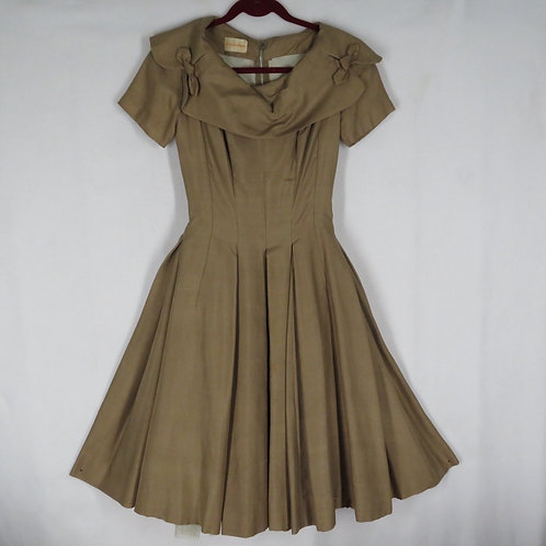 Vintage 50s New Look Silk Dress S Fit and Flare Portrait Collar