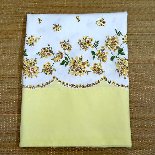 White and yellow floral print pillowcase