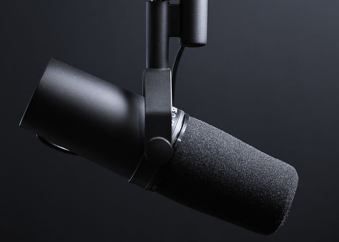 Black%2520podcasting%2520microphone%2520