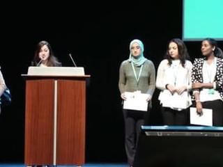 قصة نجاح في قطر - سفيرتنا، خديجة منور Success Story in Qatar! Our Arabic MUN Ambassador, Khadeega Mo