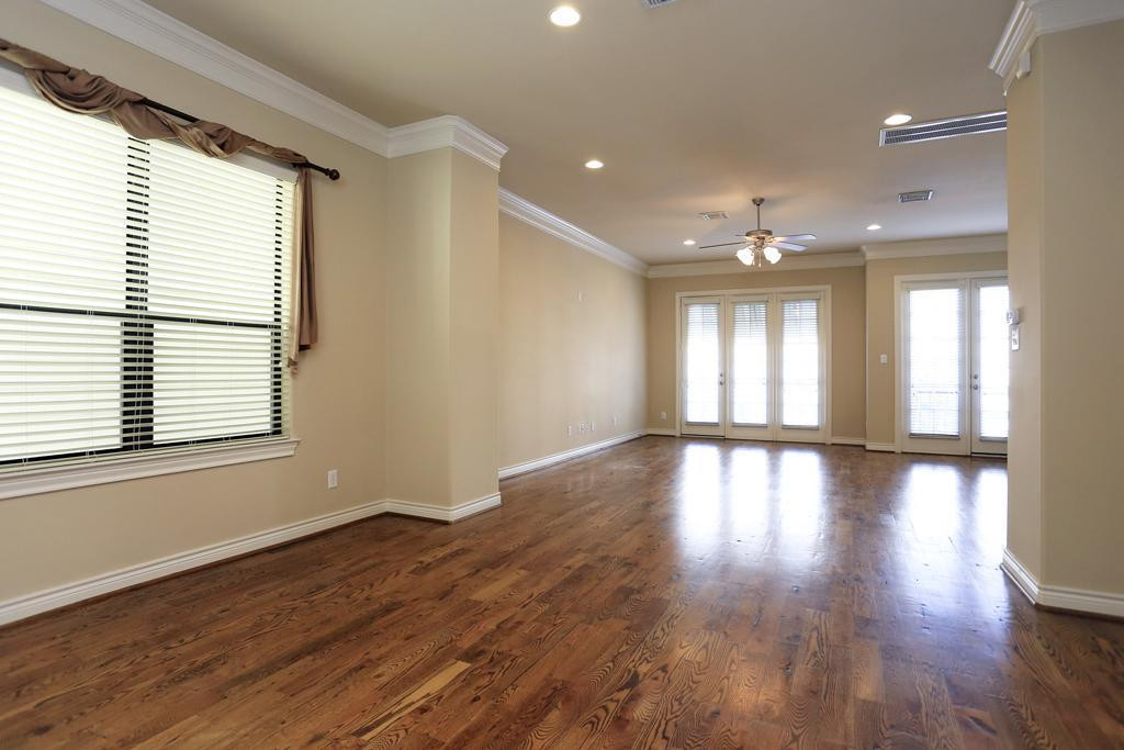 Interiors 1.jpg