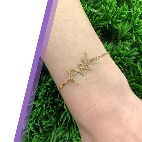 Mothers-Day-Wrist-Signature-Bracelet-Web