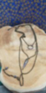 Collier à 3 rangs en papier monté sur chaine