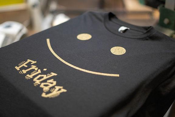 Screen print t shirt design. 1 color pri