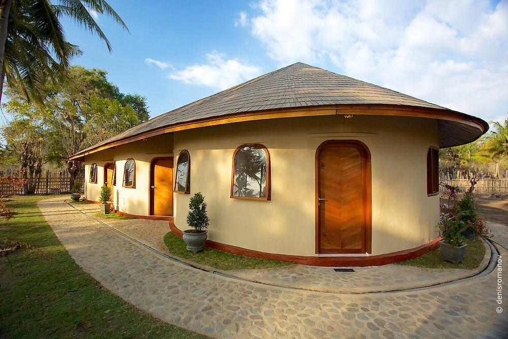 жилье на Сумбаве