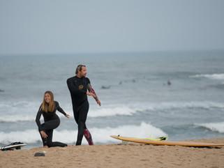 Серфинг в гидрокостюме: готовимся к Португалии