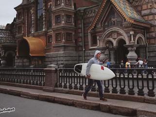 Серфер в городе: как не растерять навыки между сёрф-поездками