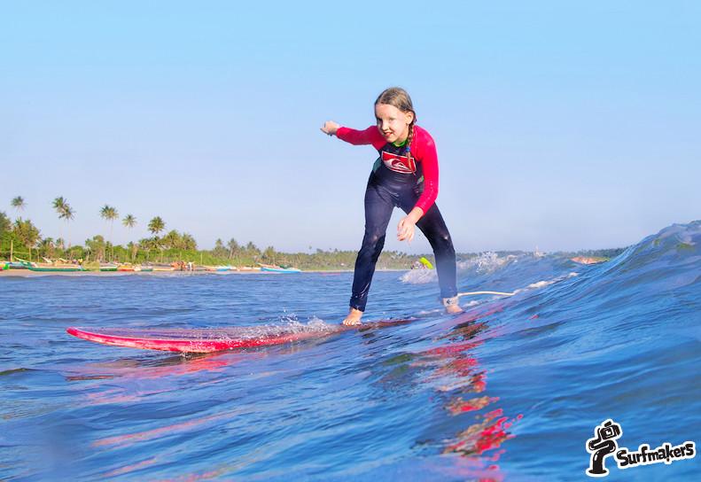 детская школа серфинга в велигаме