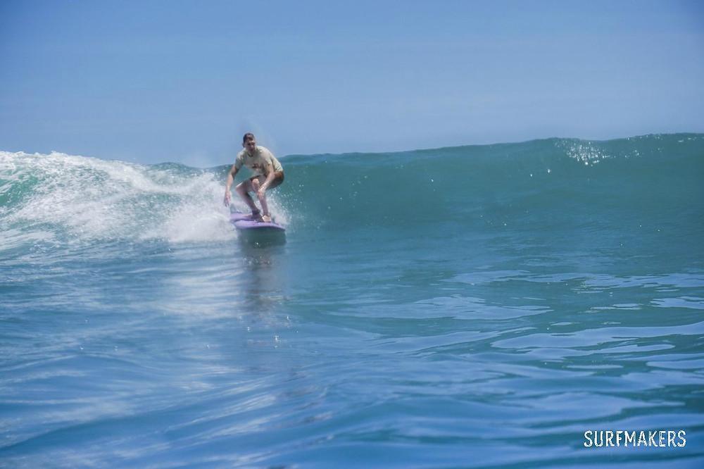Классные маленькие волны на Бали есть всегда!