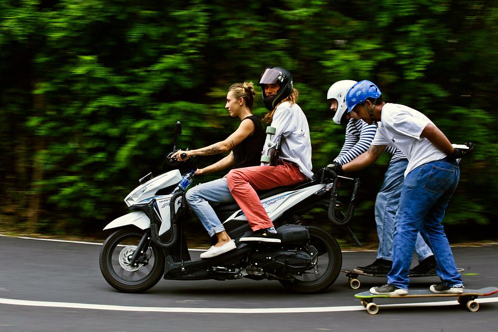 Лонгборд в Индонезии