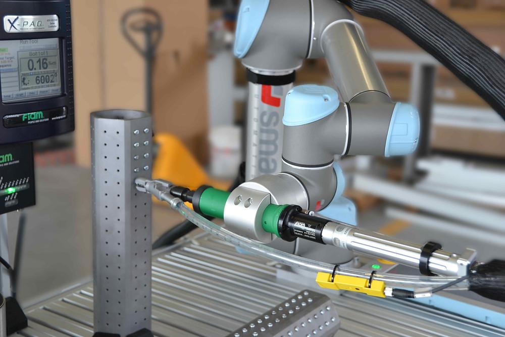 Avvitatura con robot collaborativo
