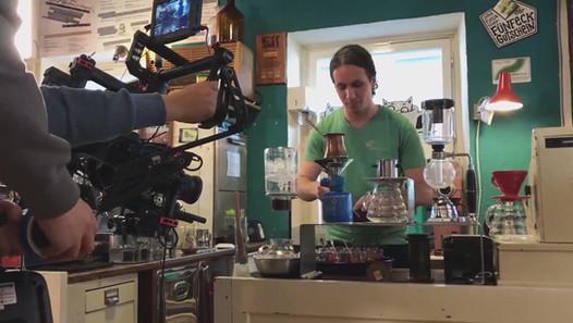 Der SWR zu Besuch im Kaffeelabor
