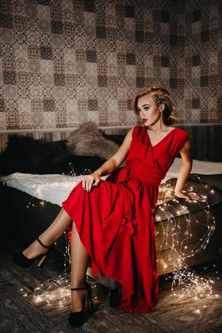 Sarkanā kleita