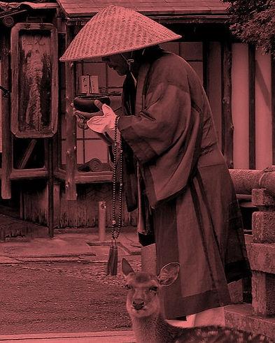 monk-tokuhatsu_edited.jpg