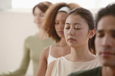 closeup-meditation-group.jpg