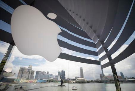 Apple studia visore AR, immagini proiettate negli occhi