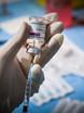 Vaccini, via libera ad AstraZeneca per gli over-65